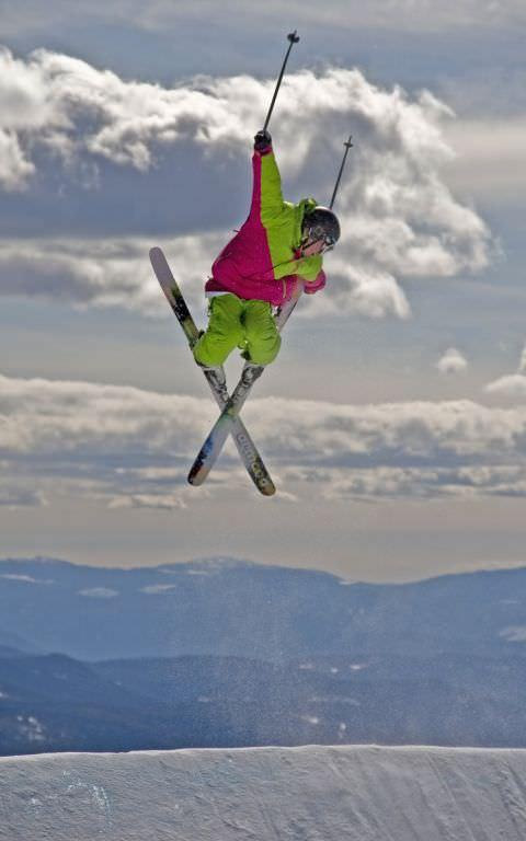 Skiery Jumping